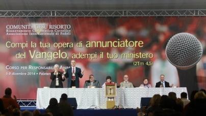 (Italiano) UNA COMUNIDAD DE EVANGELIZADORES – Curso de formación para animadores Y responsables 2014