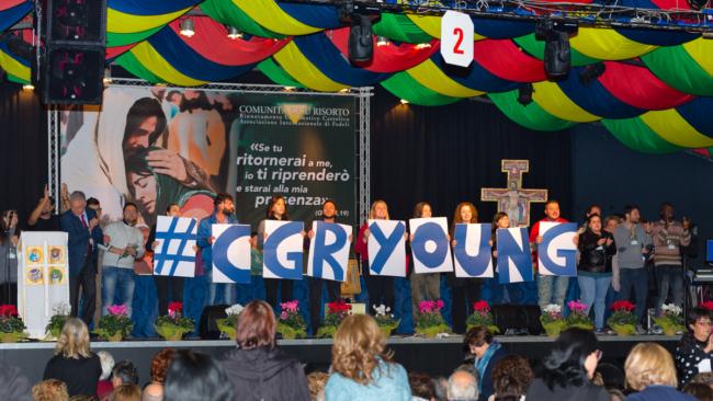 (Italiano) Preghiera Comunitaria animata dai giovani