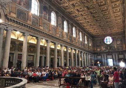 i partecipanti alla S. Messa in Santa Maria Maggiore